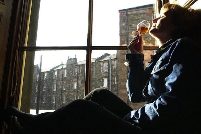 Polacy rozsmakowali się w whisky. Pod względem spożycia jesteśmy w czołówce