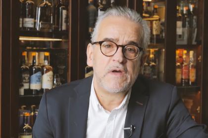 Jarek Buss: whisky Premium chętnie spożywana w czasie pandemii